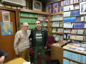 Με τον πρώην πρόεδρο του συλλόγου απανταχού Πυλίων Παπαδήμα, την περίοδο που διεξήγαγα την έρευνά μου.